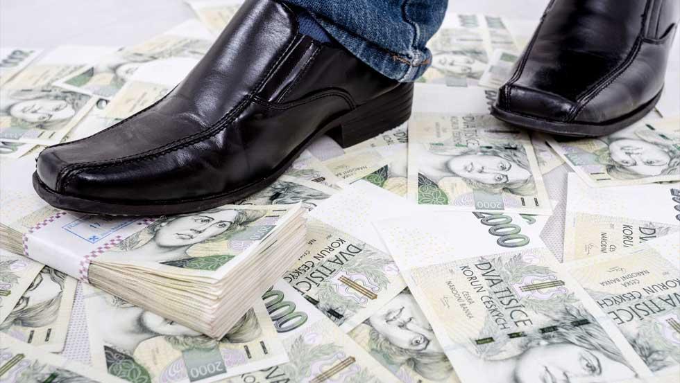 Peníze Na Zemi